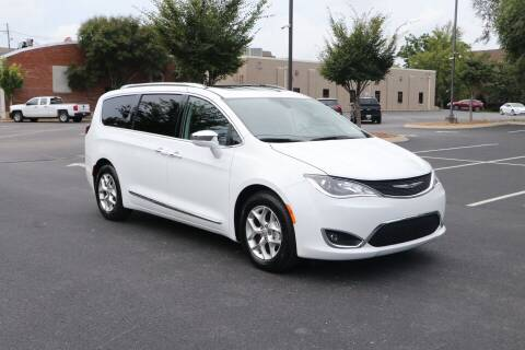 2020 Chrysler Pacifica for sale at Auto Collection Of Murfreesboro in Murfreesboro TN