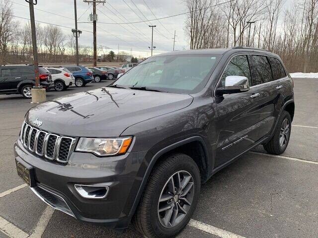 2018 Jeep Grand Cherokee for sale at Lighthouse Auto Sales in Holland MI