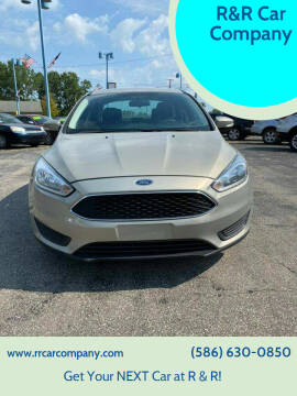 2015 Ford Focus for sale at R&R Car Company in Mount Clemens MI