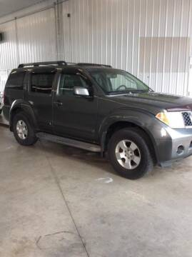 2006 Nissan Pathfinder for sale at Capital Fleet  & Remarketing  Auto Finance in Columbia Heights MN