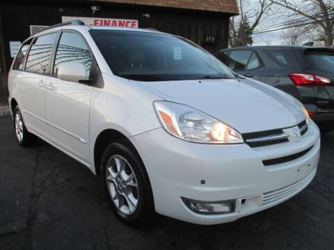 2004 Toyota Sienna for sale at EZ Finance Auto in Calumet City IL