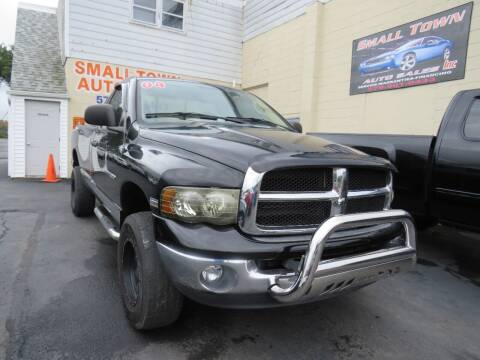 2004 Dodge Ram Pickup 1500 for sale at Small Town Auto Sales in Hazleton PA