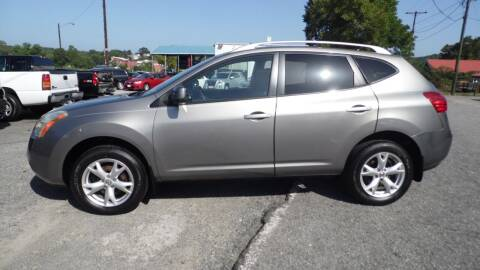 2009 Nissan Rogue for sale at G AND J MOTORS in Elkin NC