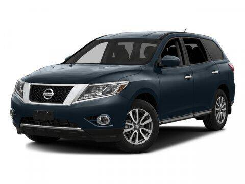 2016 Nissan Pathfinder for sale at DAVID McDAVID HONDA OF IRVING in Irving TX