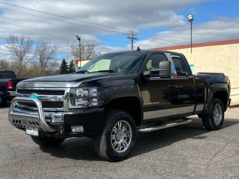 2008 Chevrolet Silverado 1500 for sale at North Imports LLC in Burnsville MN