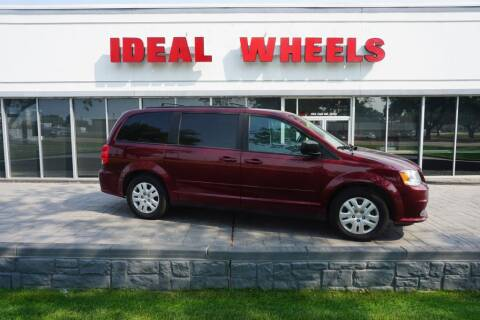 2017 Dodge Grand Caravan for sale at Ideal Wheels in Sioux City IA