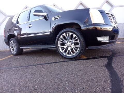 2007 Cadillac Escalade for sale at Double Take Auto Sales LLC in Dayton OH