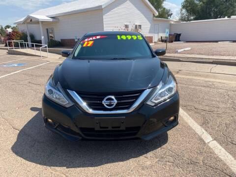 2017 Nissan Altima for sale at Dreamline Motors in Coolidge AZ