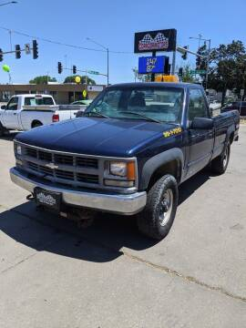 1999 Chevrolet C/K 2500 Series for sale at Corridor Motors in Cedar Rapids IA