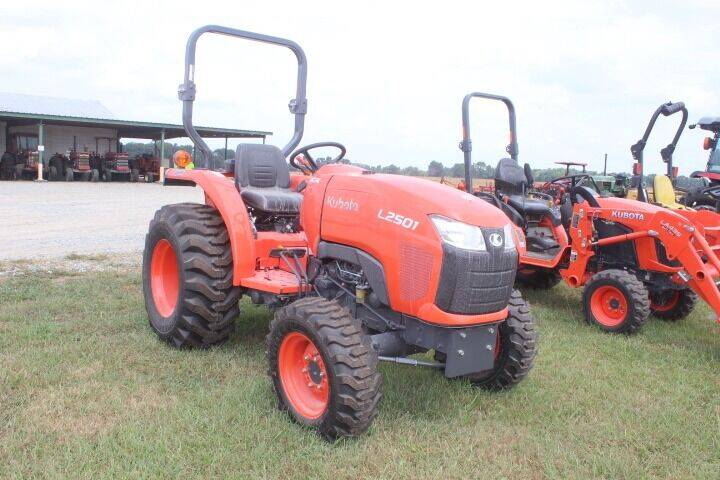 2021 Kubota L2501 for sale at Vehicle Network - Suttontown Repair Service in Faison NC