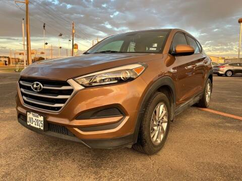 2017 Hyundai Tucson for sale at SOLID MOTORS LLC in Garland TX