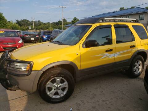 2002 Ford Escape for sale at Super Trooper Motors in Madison WI