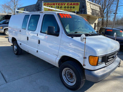 2006 Ford E-Series Cargo for sale at Courtesy Cars in Independence MO