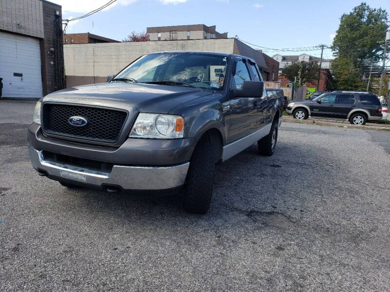 2005 Ford F-150 for sale at Innovative Auto Group in Little Ferry NJ