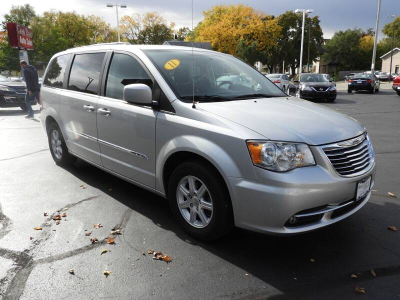2011 Chrysler Town and Country for sale at Grant Park Auto Sales in Rockford IL
