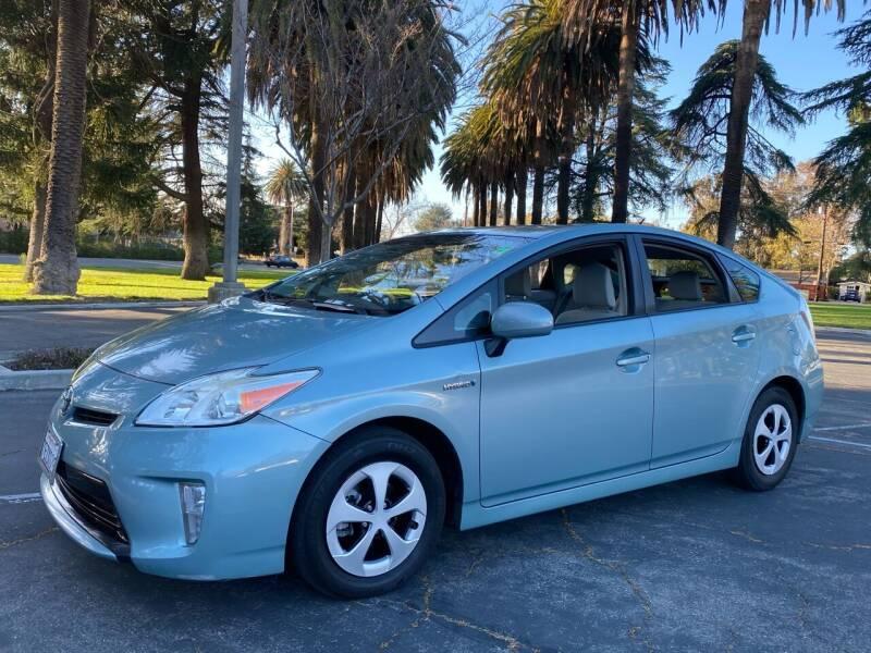 2014 Toyota Prius for sale at California Diversified Venture in Livermore CA