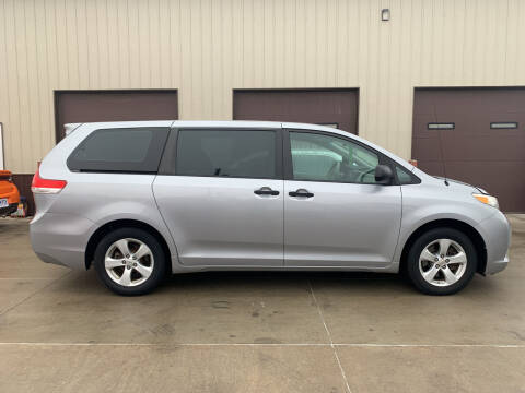 2012 Toyota Sienna for sale at Dakota Auto Inc. in Dakota City NE