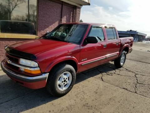 2002 Chevrolet S-10 for sale at DALE'S AUTO INC in Mt Clemens MI