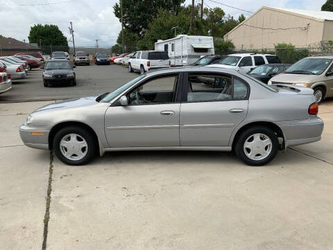 2000 Chevrolet Malibu for sale at Mike's Auto Sales of Charlotte in Charlotte NC
