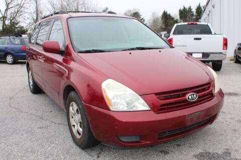 2008 Kia Sedona for sale at UpCountry Motors in Taylors SC