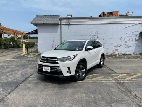 2017 Toyota Highlander for sale at Santa Motors Inc in Rochester NY