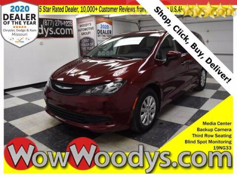 2019 Chrysler Pacifica for sale at WOODY'S AUTOMOTIVE GROUP in Chillicothe MO