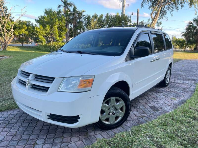 2010 Dodge Grand Caravan for sale at Citywide Auto Group LLC in Pompano Beach FL
