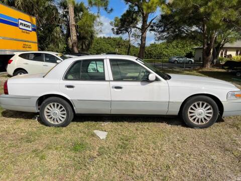 2008 Mercury Grand Marquis for sale at Motorcars of Melbourne in Rockledge FL
