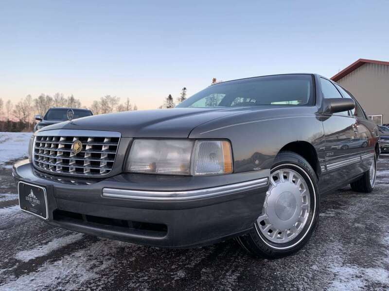 1999 Cadillac DeVille for sale at LUXURY IMPORTS in Hermantown MN