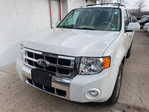 2012 Ford Escape for sale at Best Deal Motors in Saint Charles MO