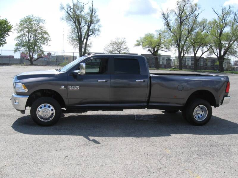 2018 RAM Ram Pickup 3500 for sale at Burhill Leasing Corp. in Dayton OH