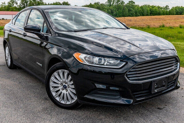 2014 Ford Fusion Hybrid for sale at Fruendly Auto Source in Moscow Mills MO