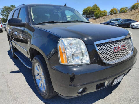 2013 GMC Yukon for sale at Guy Strohmeiers Auto Center in Lakeport CA