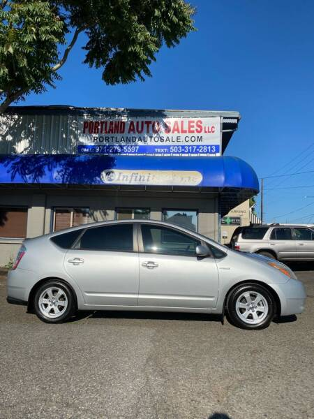 2006 Toyota Prius for sale at PORTLAND AUTO SALES LLC. in Portland OR