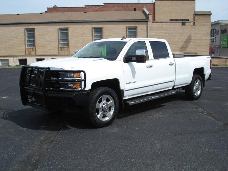 2016 Chevrolet Silverado 2500HD for sale at Shelton Motor Company in Hutchinson KS