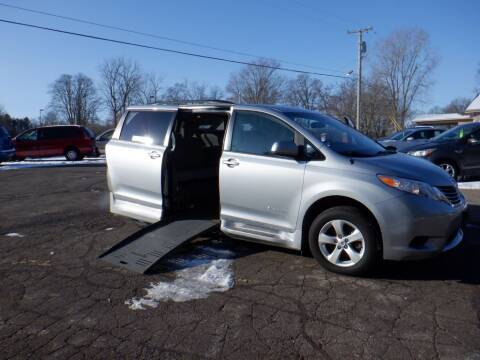 2014 Toyota Sienna for sale at Mobility Motors LLC - A Wheelchair Van in Battle Creek MI