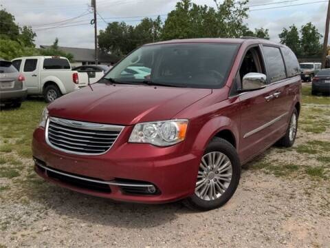 2015 Chrysler Town and Country for sale at Auto Bankruptcy Loans in Chickasha OK