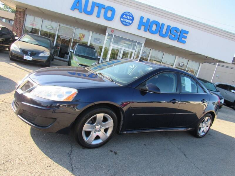 2009 Pontiac G6 for sale at Auto House Motors in Downers Grove IL