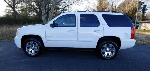 2007 GMC Yukon for sale at R & D Auto Sales Inc. in Lexington NC
