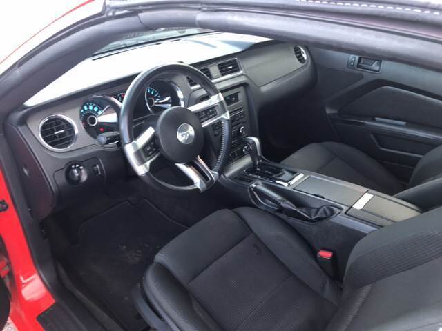 2014 Ford Mustang V6 2dr Convertible - Mitchell NE