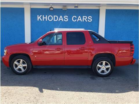 2008 Chevrolet Avalanche for sale at Khodas Cars in Gilroy CA