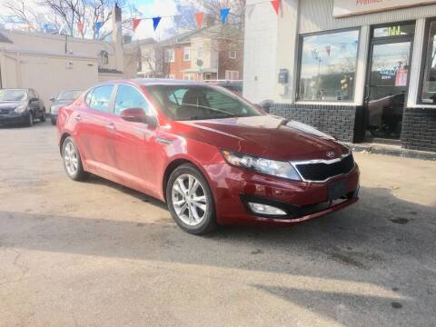 2013 Kia Optima for sale at Glacier Auto Sales in Wilmington DE