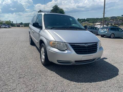 2006 Chrysler Town and Country for sale at Hillside Motors Inc. in Hickory NC