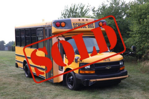 2012 Chevrolet Express Cutaway for sale at Signature Truck Center in Crystal Lake IL