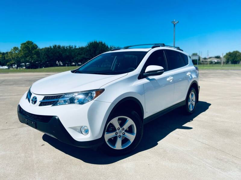 2013 Toyota RAV4 for sale at AUTO DIRECT Bellaire in Houston TX