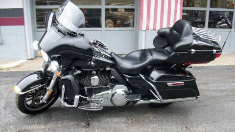 2015 HARLEY DAVIDSON FLHTCU for sale at Bill's & Son Auto/Truck Inc in Ravenna OH