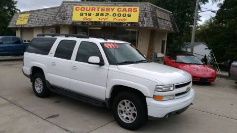 2005 Chevrolet Suburban for sale at Courtesy Cars in Independence MO