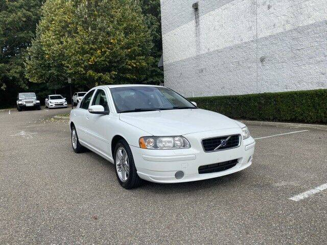 2008 Volvo S60 for sale at Select Auto in Smithtown NY