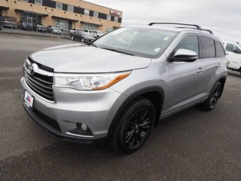 2016 Toyota Highlander for sale at Karmart in Burlington WA