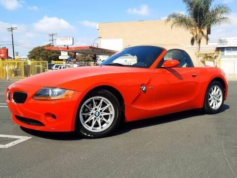 2004 BMW Z4 for sale at UNITED AUTO MART CA in Arleta CA